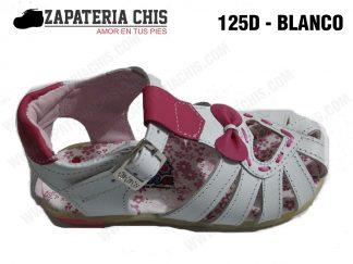 125 - BLANCO calzado en cuero para niña